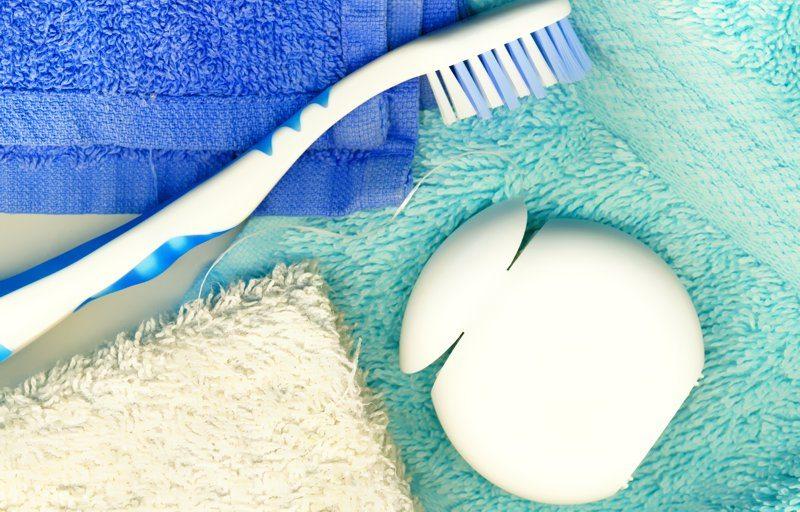 Sua gengiva sangra durante o uso de fio dental?